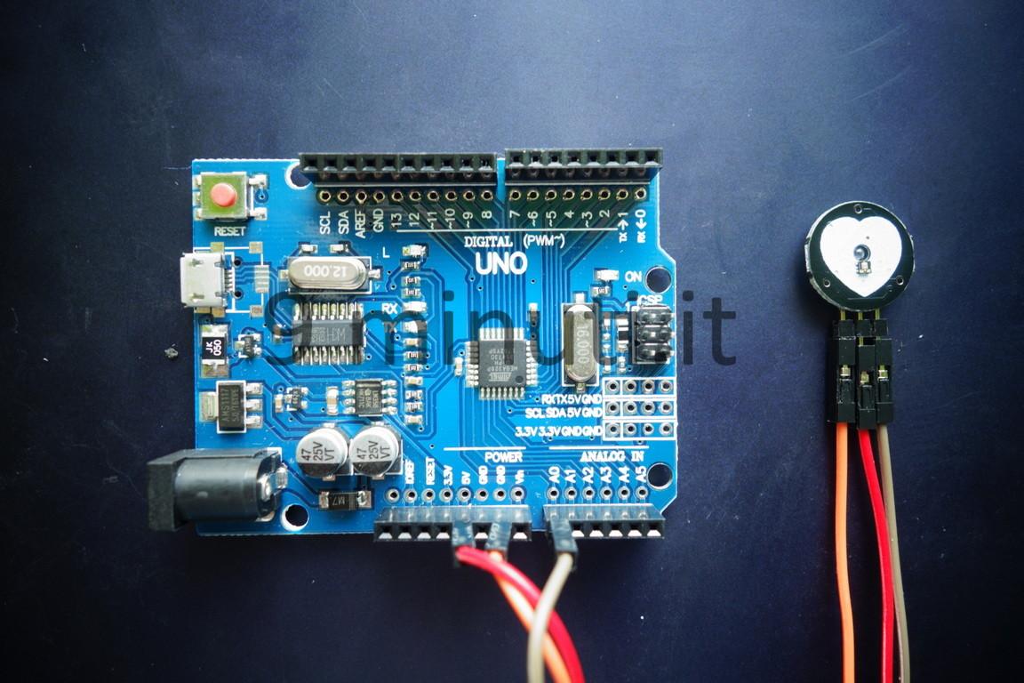 Arduino Uno r3 e il sensore di battito cardiaco (Misurare il battito cardiaco con Arduino)